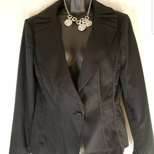 White House Black Market blazer SZ 8 black jacket